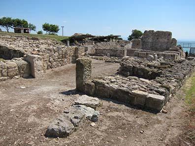 Die byzantinische Basilika von Kitros, dem antiken Pydna. Foto: KW.