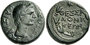 Thessaloniki. Augustus. Bronze, ca. 17 v. Chr. Kopf des Augustus. Rv. Lorbeerkranz mit Stadtnamen. Aus Auktion Lanz 151 (2011), 677.