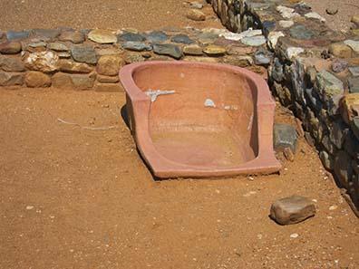 Antike Badewanne. Foto: KW.