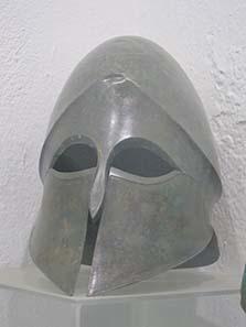 Helm aus der Sammlung Lambropoulos. Foto: KW.