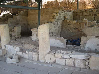 Reste des antiken Akanthos. Foto: KW.