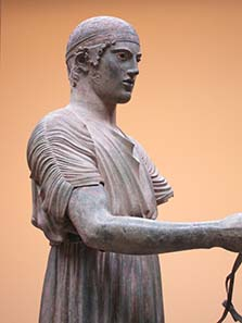 The Charioteer of Delphi. Photograph: KW.
