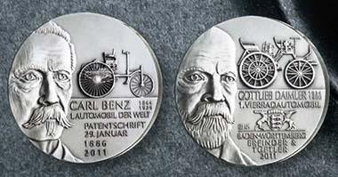Hochrelief-Medaille
