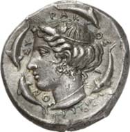 Syracuse (Sicily). Tetradrachm, c. 415-409 B. C. Quadriga galloping r. whose winged charioteer is crowned by Nike. In the exergue Skylla and the signature EYTH. Rev.: Head of Arethusa surrounded by four dolphins. Below, the artist's signature PHRYGILL/OS. Tudeer 47; Franke-Hirmer 37. Extremely fine. Final Price: 80,500 Euros.
