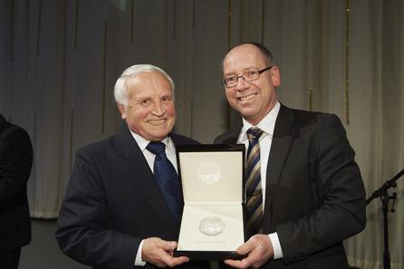 Günther Waadt, Leiter des Bayerischen Hauptmünzamtes, ist 2012 Träger des World Money Fair Awards.