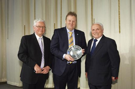 Hans-Henning Göhrum, Adam Lawrence, Albert M. Beck.