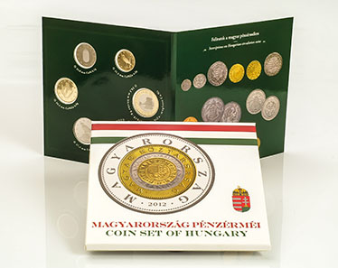 Hungary. Coin set containing 5, 10, 20, 50, 100 and 200 forint legal tender. Mintage: 4.000 brilliant uncirculated and 4.000 proof.