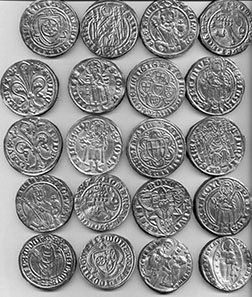Coins from the gold hoard. Photo: Landesmuseum Münster.
