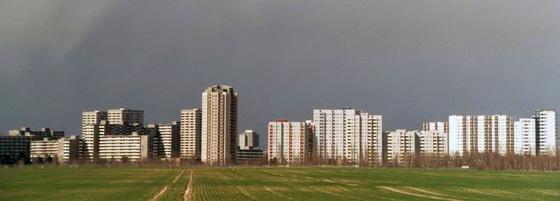 Gropiusstadt in Berlin, Ansicht von Süden. Quelle: Sansculotte / Wikipedia.
