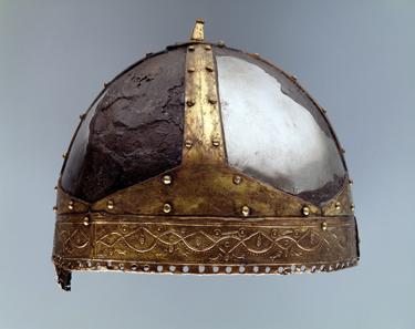 Der Spangenhelm von Villeneuve (VD). 6. Jh. n.Chr. © Schweizerisches Nationalmuseum.