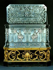 Die Geldtruhe von Johann Gottlieb Dittmans. Sie misst 86 cm in der Länge, 46 cm in der Breite und ist 81 cm hoch. Foto: Edmund Hofer.