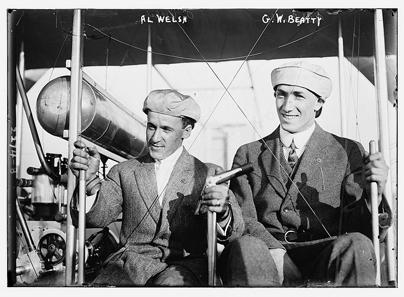 Al Welsh & G.W. Beatty c.1911. Photo: Bain News Service / Wikipedia.