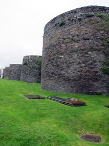 Die römische Stadtmauer von Lugo. Foto: KW.