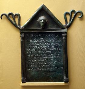 Erlaubnis für einen Kelten, ein Gasthaus einzurichten - falls ich den spanischen Text richtig verstanden habe. Foto: Luis Miguel Bugallo Sánchez (Lmbuga) / Wikipedia.