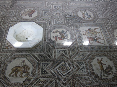 The floor mosaic in nearby Nennig. Photo: KW.