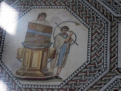 Detail of the mosaic floor in Nennig. Photo: KW.