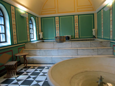 The hot room or caldarium. Photo: KW.