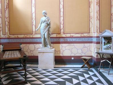 Warm bathroom or tepidarium. Photo: KW.