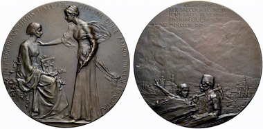 Hall in Tyrol. Medal 1903 by Stefan Schwartz in occasion of 600 years town of Hall. The patron deity on the left holds the town's coat of arms in her lap. From Rauch summer auction 2012, 2321.