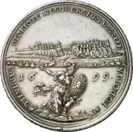 Nr. 4185: POLEN. Friedrich August I. von Sachsen (August II.), 1697-1733. Medaille 1699 von M. H. Omeis auf die Einnahme der Festung Kamieniez-Podols. Hutten-Cz. 2614. Sehr selten. Fast vorzüglich. Taxe: 4.000 Euro. Endpreis: 8.050 Euro.