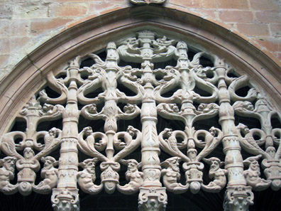 The latticework in the cloister. Photo: KW.