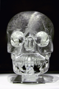 Very similar to the Mitchell-Hedges skull is this crystal skull in the British Museum. Photo: Rafal Chalgasiewicz / Wikipedia. http://creativecommons.org/licenses/by/3.0/deed.en.
