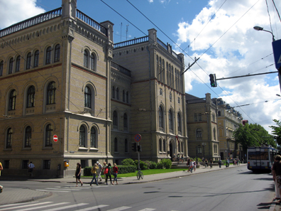 University of Latvia mainbuilding. Photo: Dezidor / Wikipedia http://creativecommons.org/licenses/by-sa/2.5/deed.en.