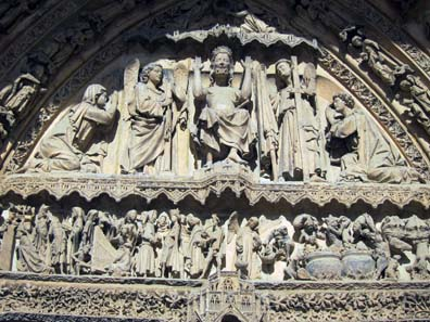 Depiction of the Day of Judgement on the entrance portal of the Cathedral of Leon. Photo: KW.