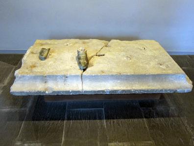 Remains of a Roman statue. 1st century BC. Museo de Navarra. Photo: KW.