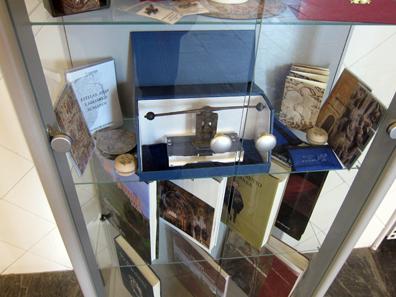 Screw press as a souvenir. Photo: KW.
