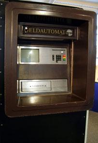 Der Geldautomat (Außengerät). Foto: Angela Graff.