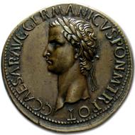 Ein Sesterz des römischen Kaisers Caligula - von Giovanni Cavino.