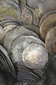 Detail of the silver coins. © BOOR