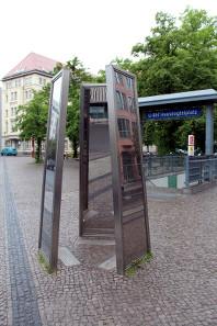 Foto vom Denkmal auf dem Hausvogteiplatz in Berlin. Foto: Angela Graff.