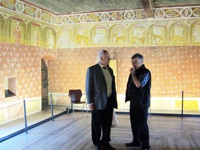 Die Badestube - ein original erhaltener Saal des Mittelalters. Foto: UK.