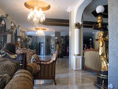 The height of Turkish luxury: Hotel Agrigento in Erdek. Photo: KW.