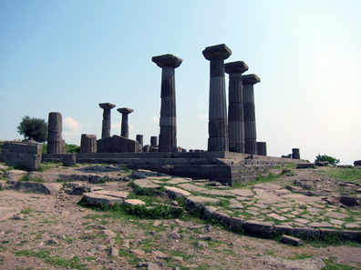 The remains of the Temple of Assos. Photo: KW.