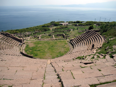 The theatre of Assos in a gorgeous location. Photo: KW.