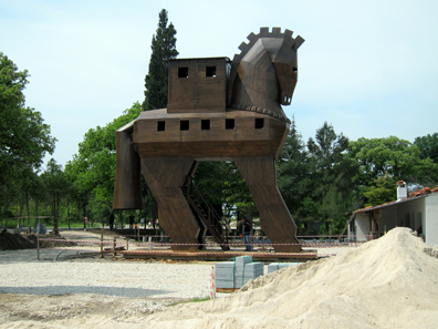 A new Trojan horse to deceive tourists? Photo: KW.