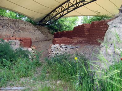 Megaron. Troy II/III - 2300-2200 BC. Photo: KW.