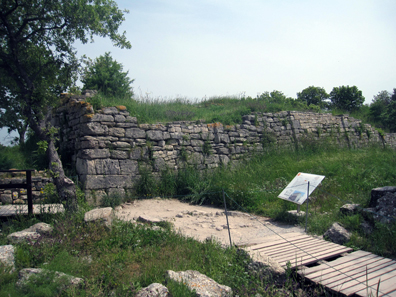 Palace house from Troy VI. Photo: KW.