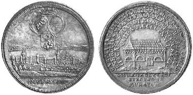 Silbermedaille ohne Jahr (um 1750?) auf die Schlacht von Murten 1476. Stadtansicht von Murten, darüber Wappen von Bern, Freiburg und Murten unter Krone. Ansicht des Murtener Beinhauses. Aus Auktion Künker 84 (2003), 2690.