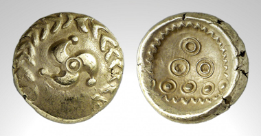 Lot 195: A gold stater of the Vindelici. Tradart 1993 no. 4. Estimate: 4,000 euros. Starting price: 3,000 euros.