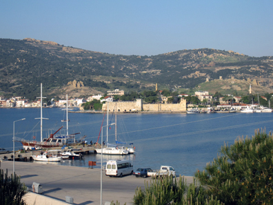 Foca harbour, with the Genoese fortress in the background. Photo: KW.