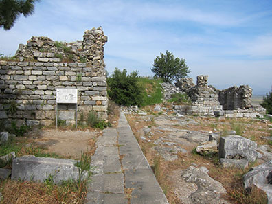 Temple of Asclepius. Photo: KW.